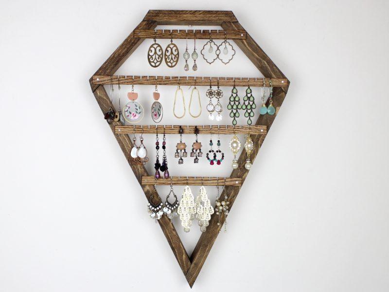 wall-hanging-jewelry-storage