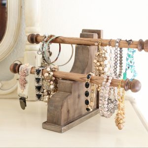bracelet-display