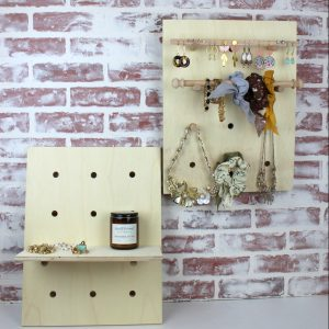 pegboard-jewelry-display