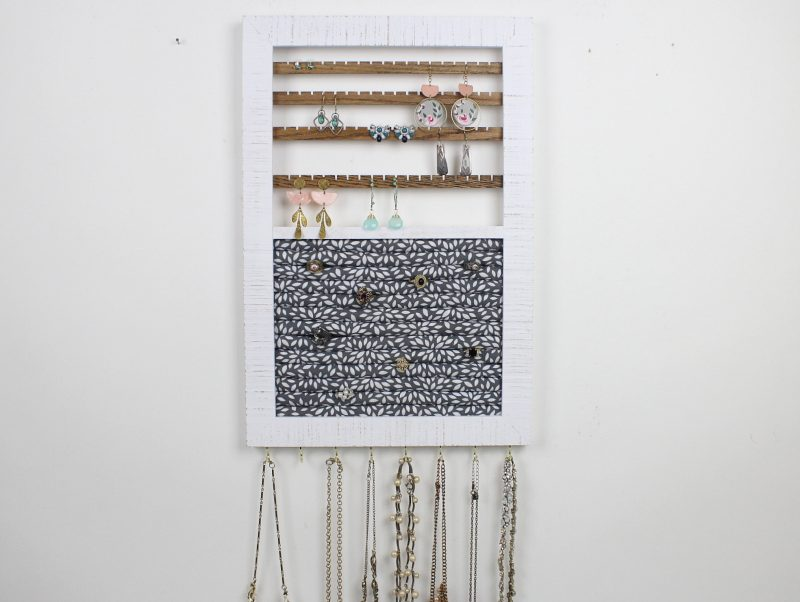 all-in-one-jewelry-display