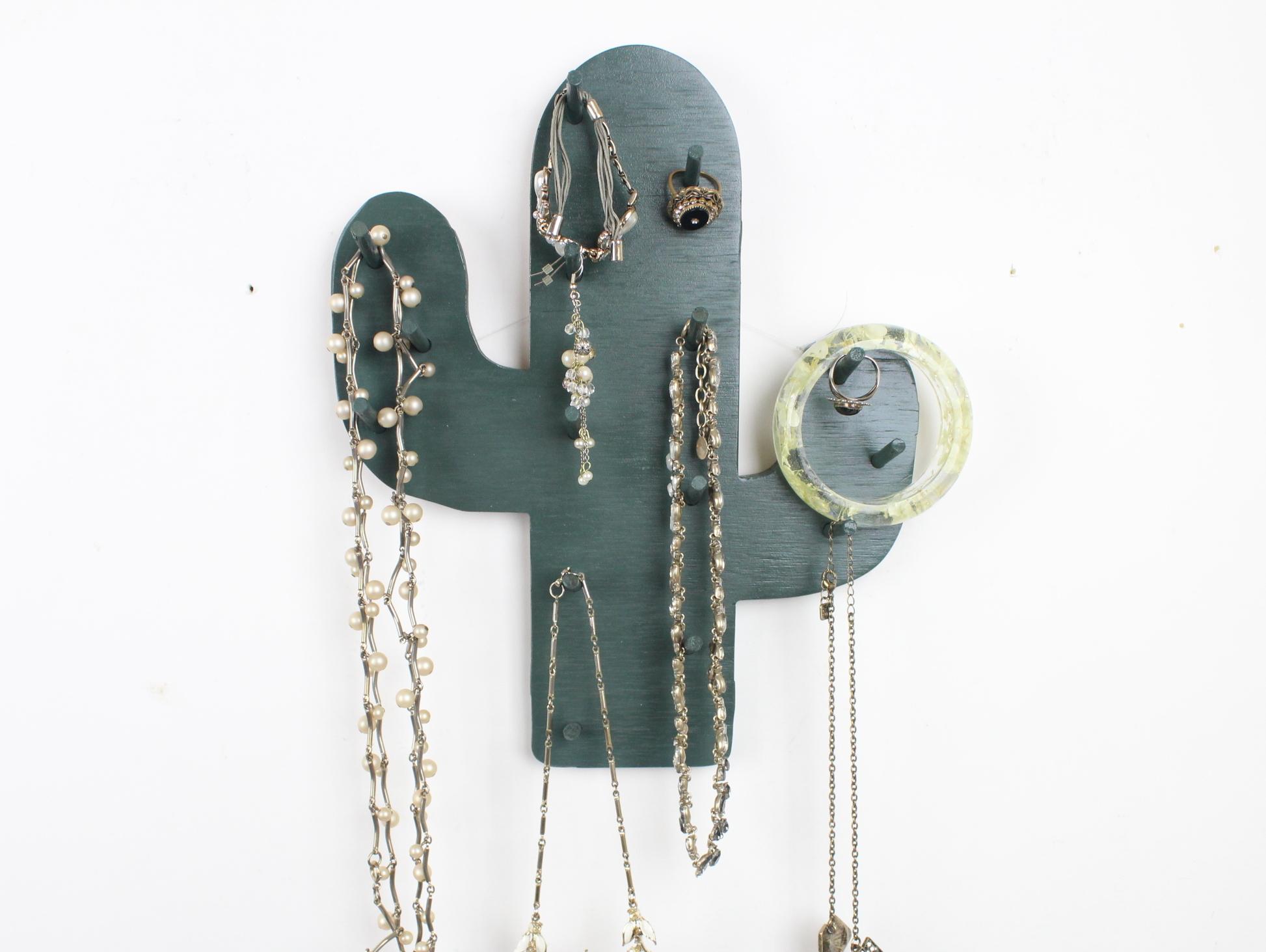Cactus Necklace Holder