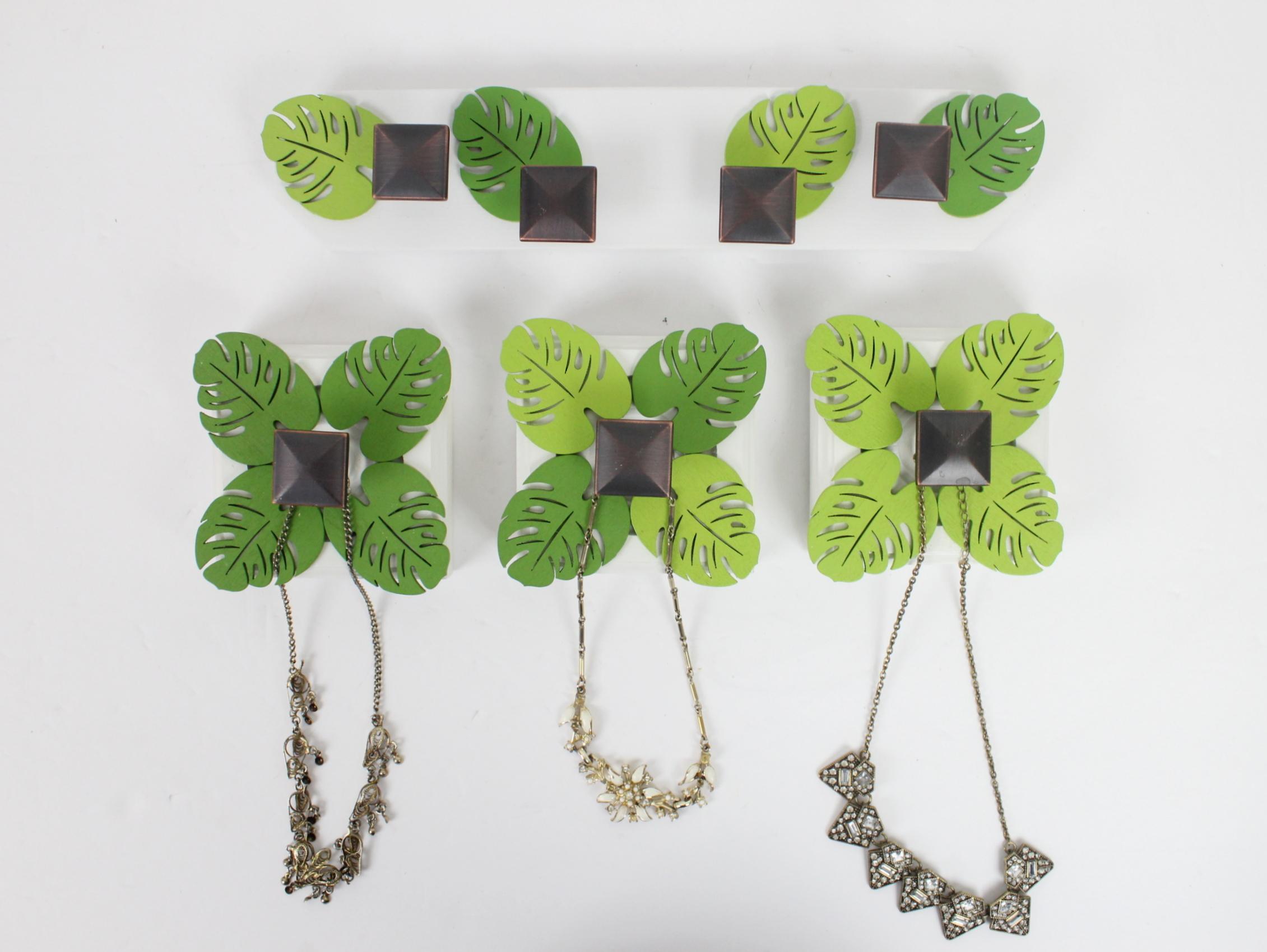 Leaf Necklace Holder